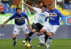 07.03.2010, Stadio Luigi Ferraris, Genua, ITA, Serie A, Sampdoria vs Lazio Rom, im Bild .Sergio Floccari vs Palumbo, EXPA Pictures © 2010, PhotoCredit: EXPA/ InsideFoto/ Marco Rosi / for Slovenia SPORTIDA PHOTO AGENCY.