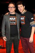 Guus Meeuwis lanceert nieuwe War Child schoolmusical in Carre Amsterdam.<br /> <br /> Op de foto:  Guus Meeuwis en William Spaaij