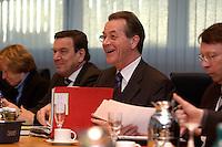 09 JAN 2005, BERLIN/GERMANY:<br /> Gerhard Schroeder (L), SPD, Bundeskanzler, und Franz Muentefering (R), SPD Parteivorsitzender, vor Beginn der Sitzung des SPD Praesidiums zum Auftakt der Klausurtagungen, Willy-Brandt-Haus<br /> IMAGE: 20050109-01-016<br /> KEYWORDS: Präsidium, Gerhard Schröder, Franz Müntefering, lacht, lachen, freundlich