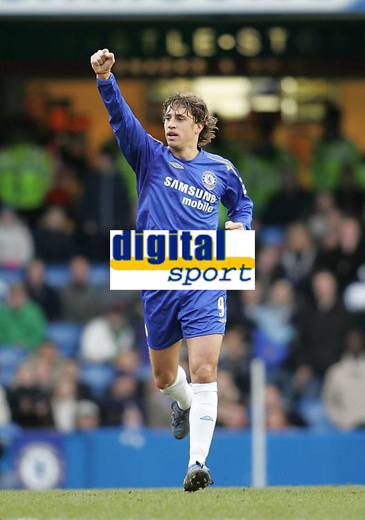 Photo: Lee Earle.<br /> Chelsea v Birmingham City. The Barclays Premiership.<br /> 31/12/2005.<br /> Chelsea's Hernan Crespo celebrtates scoring their opening goal.