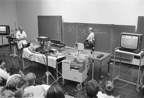 Nederland, Nijmegen, 17-5-1983College fysiologie bij de faculteit geneeskunde aan de katholoieke universiteit, later radboud universiteit.Foto: Flip Franssen/ Hollandse Hoogte