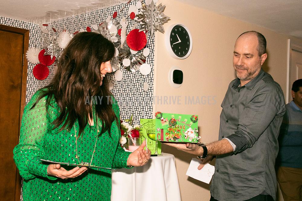 Jill, Vinny show off Kristine's winning card