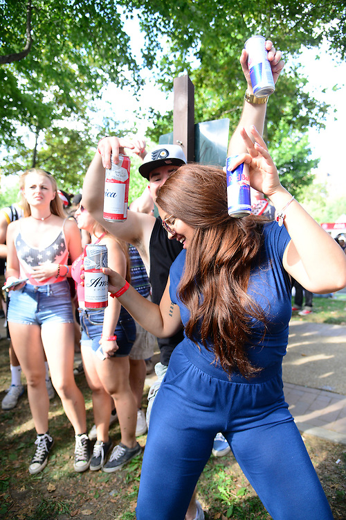 Fans enjoy Budweiser beverages during the 2016 Budweiser Made in America Festival Day 1 at Benjamin Franklin Parkway on September 3, 2016 in Philadelphia, Pennsylvania. (Photo by Lisa Lake/Getty Images for Anheuser-Busch)