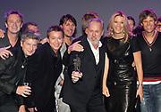 EDISON POP AWARDS 2010 in  het World Trade Center, Rotterdam <br /> <br /> op de foto:  Princes Maxima met   Rowwen Hèze