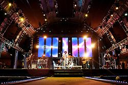 Show da banda Sambô no palco principal do Planeta Atlântida 2013/RS, que acontece nos dias 15 e 16 de fevereiro na SABA, em Atlântida. FOTO: Emmanuel Denaui/Preview.com