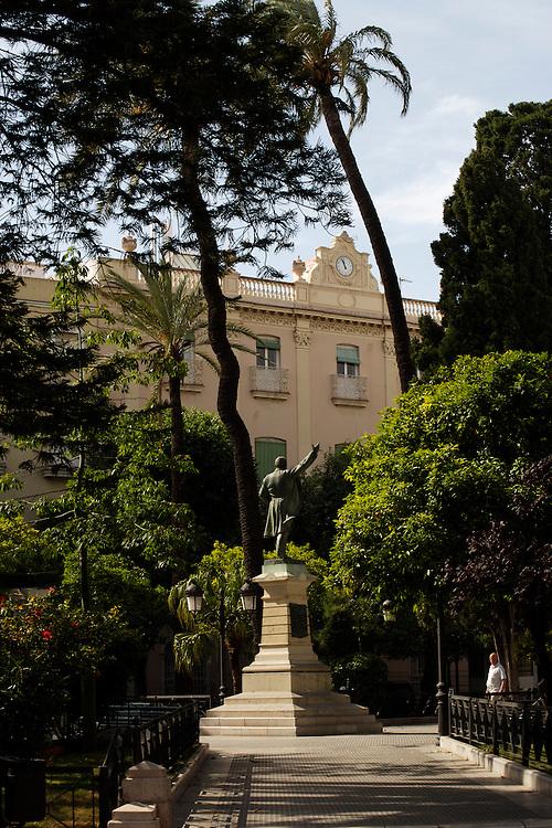ESPAÑA / ANDALUCÍA / CÁDIZ.Plaza Candelaria.