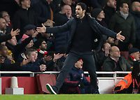 Football - 2019 /2020 FA Cup - Third Round: Arsenal vs. Leeds United.<br /> <br /> Mikel Arteta, Manager of Arsenal FC, appeals to the fourth official after an incident at the Emirates Stadium<br /> <br /> COLORSPORT/DANIEL BEARHAM