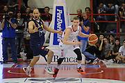 DESCRIZIONE : Pistoia Lega A 2015-16 Giorgio Tesi Group Pistoia Manital Torino<br /> GIOCATORE : Andrea Amato<br /> CATEGORIA : palleggio controcampo composizione<br /> SQUADRA : Giorgio Tesi Group Pistoia<br /> EVENTO : Campionato Lega A 2015-2016<br /> GARA : Giorgio Tesi Group Pistoia Manital Torino<br /> DATA : 26/03/2016<br /> SPORT : Pallacanestro <br /> AUTORE : Agenzia Ciamillo-Castoria/G.Masi<br /> Galleria : Lega Basket A 2015-2016<br /> Fotonotizia : Pistoia Lega A 2015-16 Giorgio Tesi Group Pistoia Manital Torino