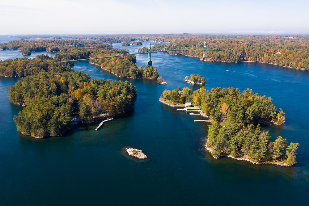 https://Duncan.co/1000-islands-bridge-and-surrounding-islands