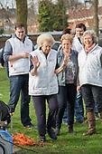 Prinses Beatrix in actie voor NL Doet