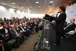 Ministro da Saúde, José Gomes Temporão durante abertura oficial da HOSPITALAR 2009 - 16ª Feira Internacional de Produtos, Equipamentos, Serviços e Tecnologia para Hospitais, Laboratórios, Clínicas e Consultórios, que acontece de 2 a 5 de junho de 2009, no Expo Center Norte, em São Paulo. FOTO: Jefferson Bernardes/Preview.com