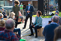 Potsdam, 31.08.2021: Wahlkampfveranstaltung von BÜNDNIS 90/DIE GRÜNEN mit der Grünen-Kanzlerkandidatin Annalena Baerbock auf dem Bassinplatz. Die Kanzlerkandidatin beantwortete im Rahmen des Townhall-Dialogformats Fragen von Bürgerinnen und Bürgern.