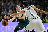 Real Madrid´s Felipe Reyes and Zalgiris Kaunas´s Arturas Milaknis during 2014-15 Euroleague Basketball match between Real Madrid and Zalgiris Kaunas at Palacio de los Deportes stadium in Madrid, Spain. April 10, 2015. (ALTERPHOTOS/Luis Fernandez)