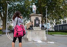 2020_09_19_Save_Children_statue_SCH