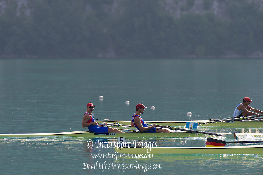 Aiguebelette, FRANCE.  SRB M2- and ARG M2- approaching the line.Sunday Morning B Finals at the  2014 FISA World Cup II, 09:14:41  Sunday  22/06/2014. [Mandatory Credit; Peter Spurrier/Intersport-images]