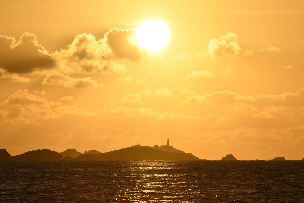 Isle of Scilly - sunset over Round Island lighthouse
