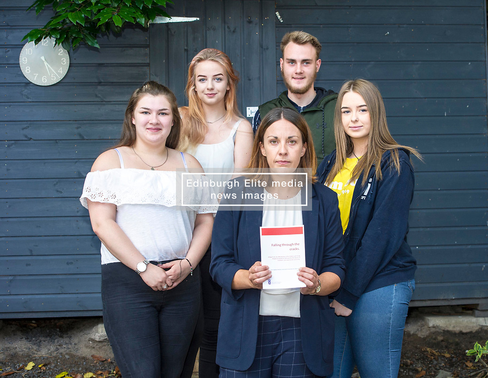 Pictured: Roseanna Campbell (19), Katherine Grindley (16), Kezia Dugdale, Darren Telford (17) and Sarah-Louise Kelegher (16)<br /> <br /> Lothian MSP Kezia Dugdale launched a new report, 'Falling through the cracks', today, when she visited the Edinburgh City Youth Cafe in Edinburgh.  The report examines the life chances of young people in care. She discussed the report with Roseanna Campbell (19), Katherine Grindley (16), Darren Telford (17) and Sarah-Louise Kelegher (16)<br /> <br /> Ger Harley   EEm 30 July 2018