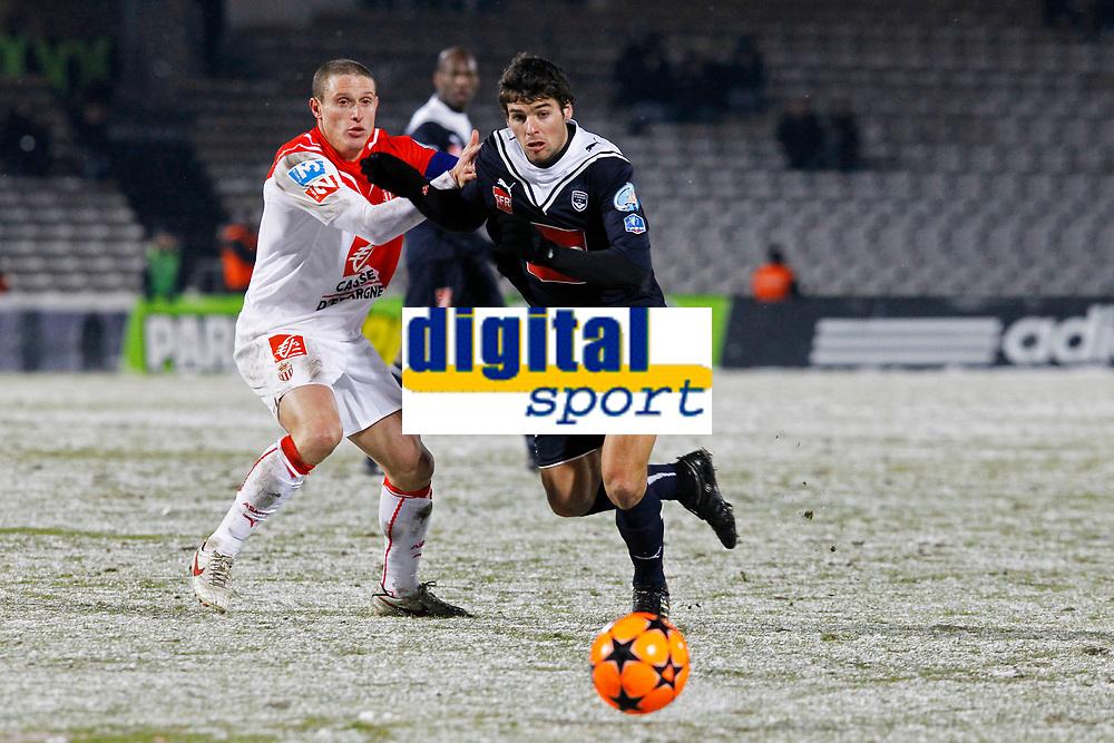 FOOTBALL - FRENCH CUP 2009/2010 - 1/8 FINAL - 10/02/2010 - GIRONDINS BORDEAUX v AS MONACO - PHOTO FRANCOIS FLAMAND / DPPI -<br /> N°8 GOURCUFFYoann