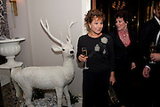 ZOE WANAMAKER; RUBY WAX, Veuve Clicquot Tribute award dinner for Ruby Wax for her outstanding contribution to the greater understanding of mental illness in the UK. Berkeley Hotel, London. 25 November 2011.