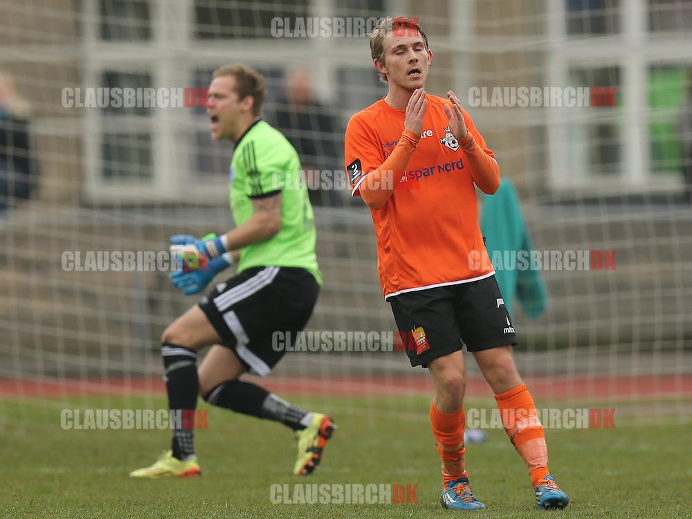 Anders Holst (FC Helsingør) ærgrer sig over en brændt chance.