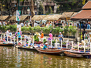 12 FEBRUARY 2015 - BANGKOK, THAILAND:  A new floating market opened in Khlong Phadung Krung Kasem, a 5.5 kilometre long canal dug as a moat around Bangkok in the 1850s. The floating market opened at the north end of the canal near Government House, which is the office of the Prime Minister. The floating market was the idea of Thai Prime Minister General Prayuth Chan-ocha. The market will be open until March 1.   PHOTO BY JACK KURTZ