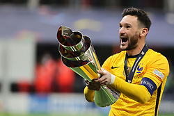 Hugo Lloris of France celebrates the victory during the UEFA Nations League Finals 2021 final football match between Spain and France at Giuseppe Meazza Stadium, Milan, Italy on October 10, 2021. Photo by Fabrizio Carabelli/IPA/ABACAPRESS.COM