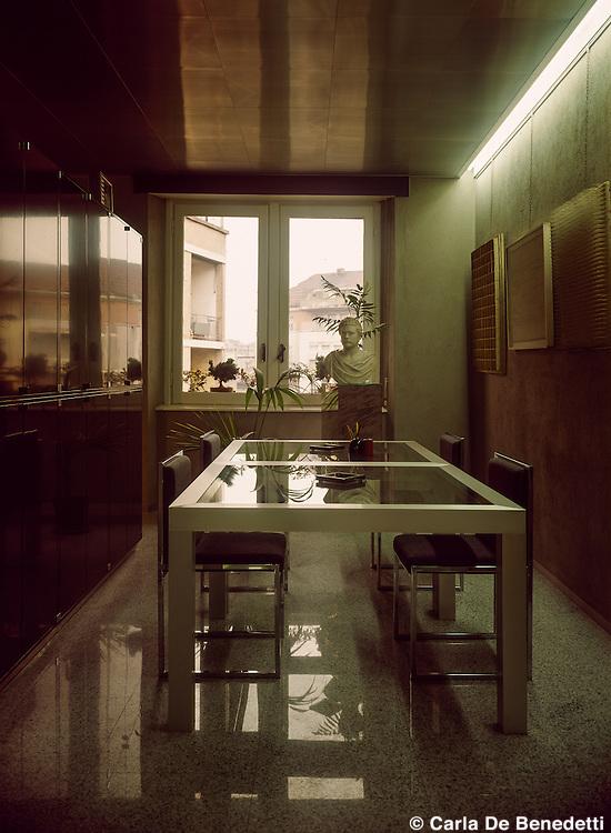 Architect Nanda Vigo, 1975