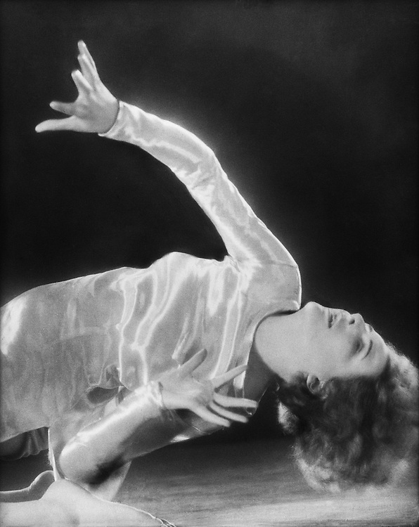 Leni Riefenstahl, dancer, director and actress, 1928
