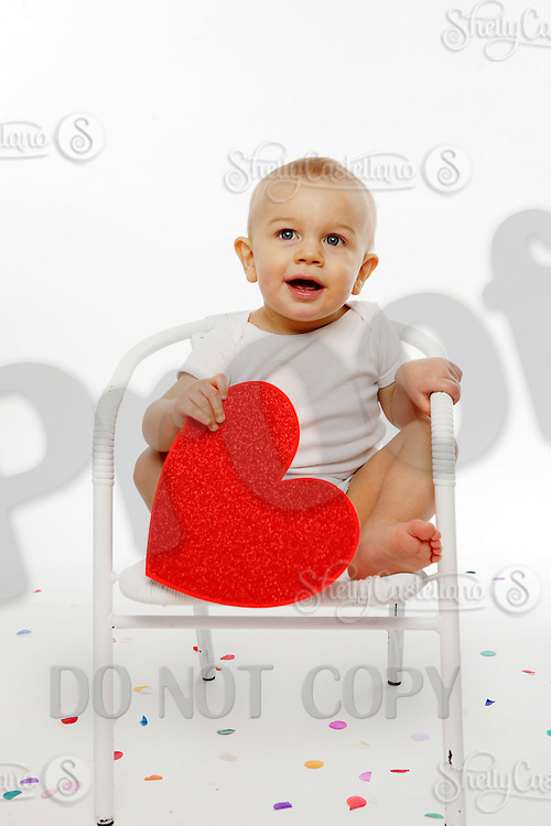 21 January 2010: Jessica and 13 month old Garrett Hodge during family photo session in studio.  Images are for personal family use only.