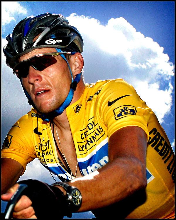 Frankrijk, Digne-Les-Bains, 14-07-2005.<br /> Portret: Lance Armstrong op de Col du Corobin tijdens de 12e etappe van de Tour de France.<br /> Foto: Klaas Jan van der Weij.