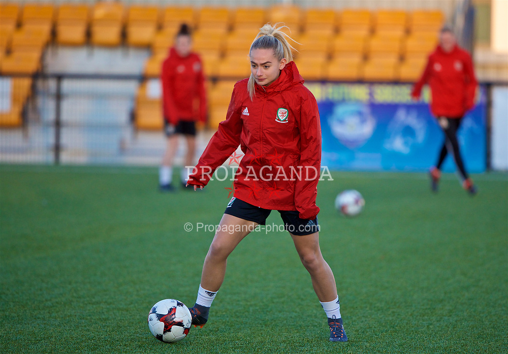 SLOUGH, ENGLAND - Sunday, February 25, 2018: Wales' Charlie Estcourt during at training session at Slough Town's Arbour Park ahead of the Cyprus Cup tournament. (Pic by David Rawcliffe/Propaganda)