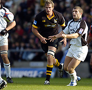 2004/05  Zurich Premiership - London Wasps v Newcastle Falcons;  10.10.04.<br /> Newcastle Tom May passes the ball along the attacking line.