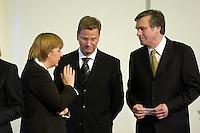 11 JAN 2005, BERLIN/GERMANY:<br /> Angela Merkel, CDU Bundesvorsitzende, Guido Westerwelle, FDP Bundesvorsitzender, und Wolfgang Gerhardt, FDP Fraktionsvorsitzender, (v.L.n.R.),  waehrend dem  Neujahrsempfang des Bundespraesidenten, Schloss Charlottenburg<br /> IMAGE: 20050111-01-008<br /> KEYWORDS: Bundespräsident