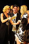 De grote finale van Holland's Next Top Model seizoen 4 tijdens een grote liveshow in de Lichtfabriek in Haarlem <br /> <br /> Op de foto <br /> <br /> Ananda Lândertine met vriendje Wesley