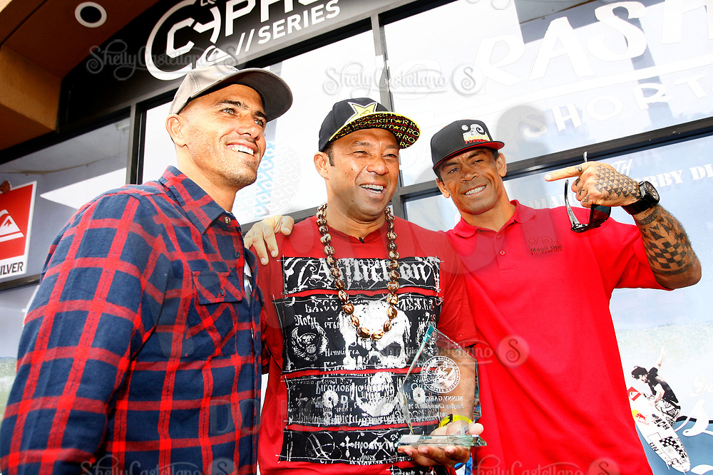 5 August 2010: Surfing Walk of Fame ceremony at Jacks Surfboards with Kelly Slater and Sunny Garcia local hero before the U.S. Open of Surfing at the Huntington Beach pier. ©2010ShellyCastellano/SCPIX