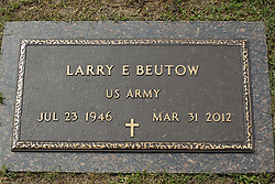 31 August 2017:   Veterans graves in Park Hill Cemetery in eastern McLean County.<br /> <br /> Larry E Beutow US Army Jul 23 1946  Mar 31 2012