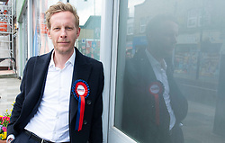 © Licensed to London News Pictures 01/05/2021. Sidcup, UK. Laurence Fox. London mayoral candidate and Reclaim Party leader Laurence Fox visiting Sidcup in South East London today with Reform UK Party leader Richard Tice. Photo credit:Grant Falvey/LNP