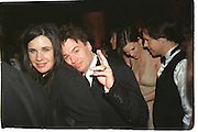 Robin and Mike Myers. ( Hilary Swank and Chad Lowe behind ) Post Oscars, Governor's Ball. Los Angeles. 25 March 2001. © Copyright Photograph by Dafydd Jones 66 Stockwell Park Rd. London SW9 0DA Tel 020 7733 0108 www.dafjones.com