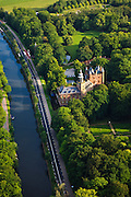 Nederland, Utrecht, Breukelen, 23-05-2011; Kasteel Nijenrode van Nyenrode Business Universiteit. Castle Nijenrode of Nyenrode Business University..luchtfoto (toeslag), aerial photo (additional fee required).copyright foto/photo Siebe Swart