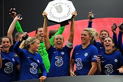Chelsea Women lift the FA Women's Community Shield after beating Manchester City Women 0-2 - Mandatory by-line: Nizaam Jones/JMP - 29/08/2020 - FOOTBALL - Wembley Stadium - London, England - Chelsea v Manchester City - FA Women's Community Shield
