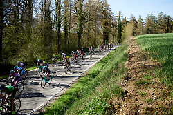 Peloton speed by at La Flèche Wallonne Femmes 2018, a 118.5 km road race starting and finishing in Huy on April 18, 2018. Photo by Sean Robinson/Velofocus.com
