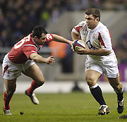 Lee Mears running with the ball as Gareth Cooper moves in to tackle, 2006 RBS Six Nations Match, England vs Wales, Twickenham on the 04.02.2006.   © Peter Spurrier/Intersport Images - email images@intersport-images mob +44[0]7973 819 551..   [Mandatory Credit, Peter Spurier/ Intersport Images].