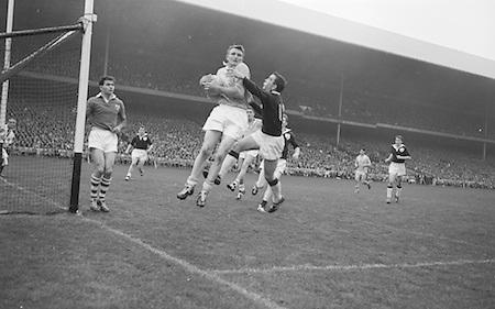 All Ireland Senior Football Final Galway v. Dublin 22nd September 1963 Croke Park..Dublin Full Back L. Foley catchs a high ball near own goalmouth and returns to earth with Galway Full Forward S. Cleary on right ..22.09.1963  22nd September 1963Dublin.1-9.Galway.0-10..P. Flynn, L. Hickey, L. Foley, W. Casey, D. McKane, P. Holden, M. Kissane, D. Foley (Captain), John Timmons, B. McDonald, Mickie Whelan, G. Davey, S. Behan, D. Ferguson, N. Fox..Sub: P. Downey for P. Holden..D. Foley (Captain).