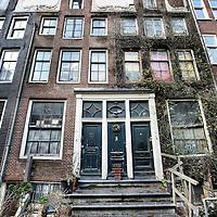 Nederland, Amsterdam , 20 februari 2010..Verwaarloosde pand in  Noorderstraat 15-17...Foto:Jean-Pierre Jans
