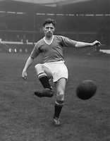 Fotball<br /> Manchester United historie<br /> Foto: Colorsport/Digitalsport<br /> NORWAY ONLY<br /> <br /> Bildene inngår ikke i nettavtalene<br /> <br /> Roger Byrne (Manchester United) 1956 / 57 Season.