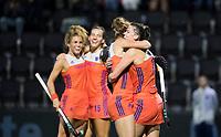 AMSTELVEEN - Vreugde bij Oranje bij 3-1  tijdens Nederland - Spanje (dames) bij de Rabo EuroHockey Championships 2017. rechts Lidewij Welten  COPYRIGHT KOEN SUYK