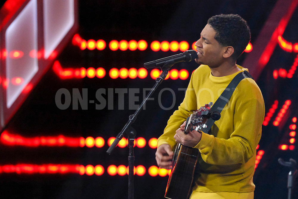 """THE VOICE -- """"Knockout Reality"""" Episode 2010 --  Pictured: Gean Garcia -- (Photo by: Trae Patton/NBC)"""