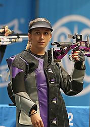05.09.2015, Olympia Schiessanlage Hochbrueck, Muenchen, GER, ISSF World Cup 2015, Gewehr, Pistole, Damen, 10 Meter Luftgewehr, im Bild Andrea Arsovic (SRB) // during the women's 10M air rifle competition of the 2015 ISSF World Cup at the Olympia Schiessanlage Hochbrueck in Muenchen, Germany on 2015/09/05. EXPA Pictures © 2015, PhotoCredit: EXPA/ Eibner-Pressefoto/ Wuest<br /> <br /> *****ATTENTION - OUT of GER*****
