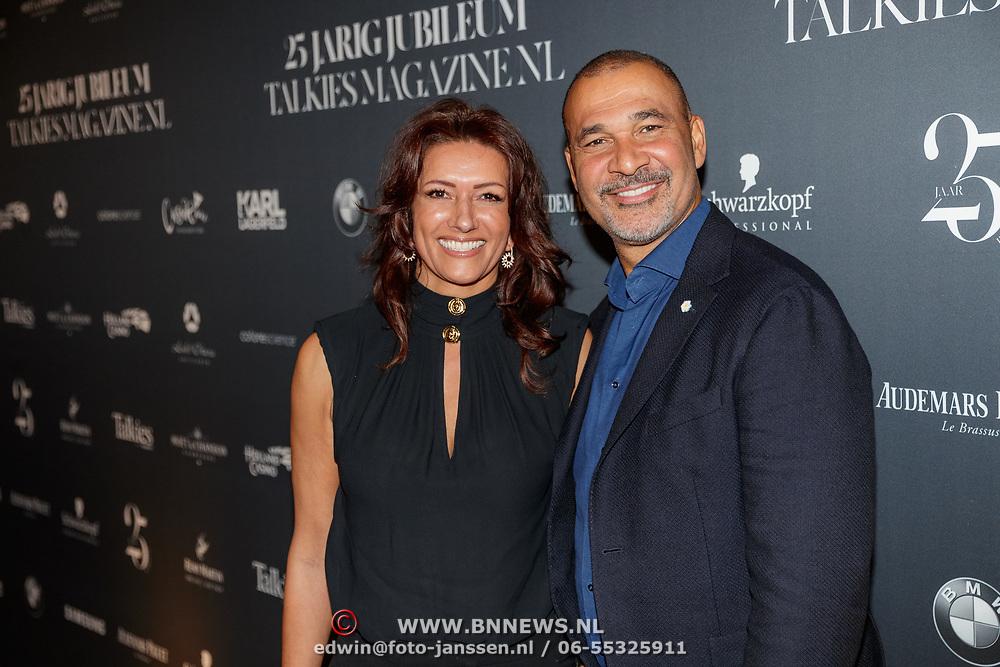 NLD/Amsterdam/20190124 - Inloop 25-jarig jubileum Talkies Magazine NL., Ruud Gullit en partner Karin de Rooij