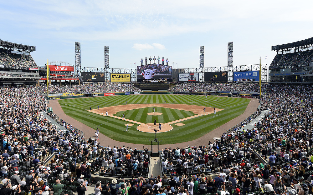 CHICAGO - APRIL 24:  A general view of U.S. Cellular FIeld with a crowd of 26,058 looking on as Dioner Navarro #27 of the Chicago White Sox hits a home run during the game against the Texas Rangers on April 24, 2016 at U.S. Cellular Field in Chicago, Illinois.  The White Sox defeated the Rangers 4-1.  (Photo by Ron Vesely)   Subject: Dioner Navarro